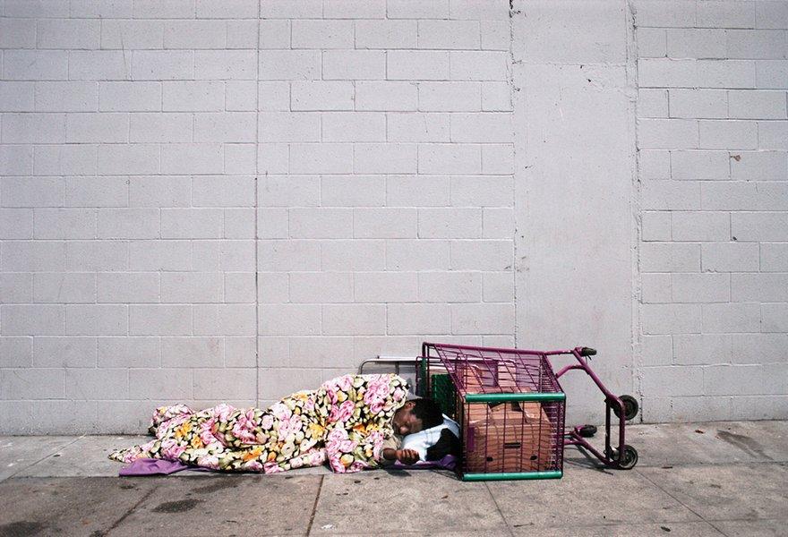 Skid Row, L.A., 2003 © Camilo José Vergara