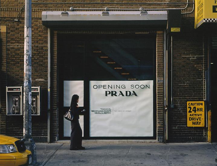 Michael Elmgreen and Ingar Dragset's 2001 exhibit, Opening Soon, at the Tanya Bonakdar gallery in New York – done without Prada's permission – was the precursor to the artists' Prada Marfa installation.